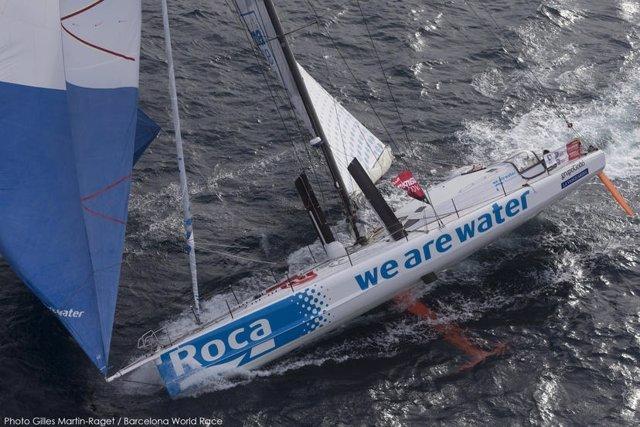 Foto: Catorce días de Barcelona World Race, siete barcos en el Sur