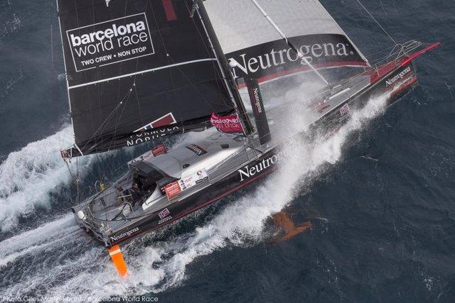 Foto: El 'Neutrogena' se adentra en los cuarenta rugientes en la Barcelona World Race