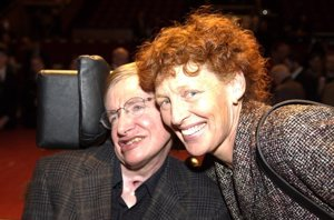 Foto: Stephen Hawking, maltratado por su segunda mujer (CORDON PRESS)