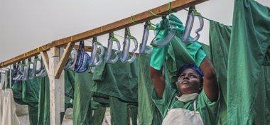 Foto: Ébola: Demasiadas muertes y un halo de esperanza (ANNA SURINYACH/MSF)