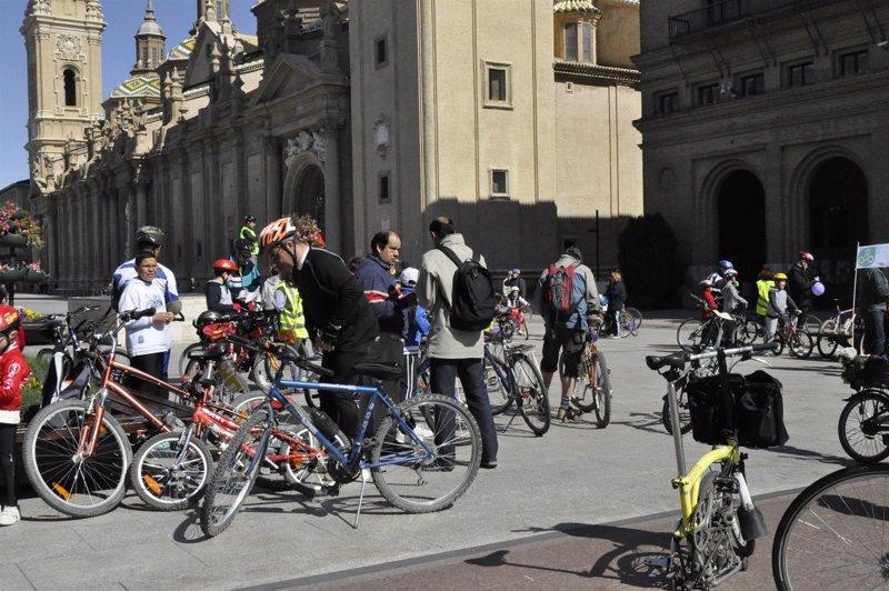 Circuito Zaragoza : Una carrera y un circuito en bicicleta permitirán celebrar