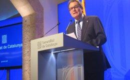 Foto: Mas comparecerá en la comisión de investigación sobre el fraude y la evasión fiscal (EUROPA PRESS)