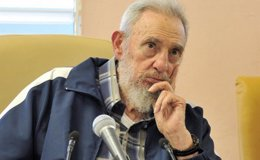 """Foto: Fidel Castro: """"No confío en la política de Estados Unidos ni he intercambiado una palabra con ellos"""" (HANDOUT . / REUTERS)"""