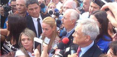 Foto: Colombia rechaza insultos de Maduro a Pastrana y espera libertad de López (COLPRENSA)
