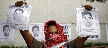Foto: Los 43 'normalistas' mxicanos fueron asesinados por Guerreros Unidos (STRINGER . / REUTERS)