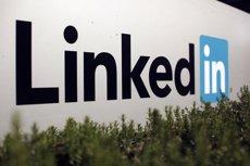 Foto: Com fer un bon perfil a LinkedIn (ROBERT GALBRAITH / REUTERS)