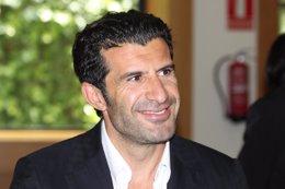 Foto: Figo anuncia su candidatura a la presidencia de la FIFA (EUROPA PRESS)