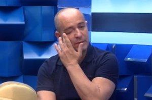 Foto: El engaño de Víctor Sandoval en Gran Hermano VIP: fingir abandonar (FOTOGRAMA DE TELECINCO GRAN HERMANO VIP)