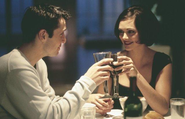 Foto: No hay mejor manera para celebrar San Valentín que con una cena para dos (CORDON PRESS)