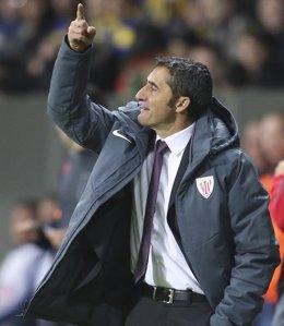 """Foto: Valverde: """"No estamos finos, pero sabemos que vamos a cambiar"""" (VASILY FEDOSENKO / REUTERS)"""