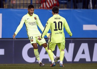 Foto: El Barça sobrevive al Calderón (SERGIO PEREZ / REUTERS)