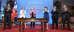 Foto: Bachelet presenta su proyecto de ley para despenalizar el aborto (PRENSAPRESIDENCIA.CL)
