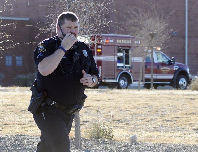 Foto: Un niño de tres años dispara contra su padre y su madre embarazada en un motel de Nuevo México