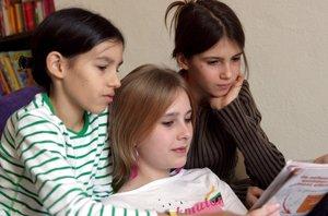 Foto: Cómo educar a nuestros hijos, niños y adolescentes... una edad difícil (CORDON PRESS)