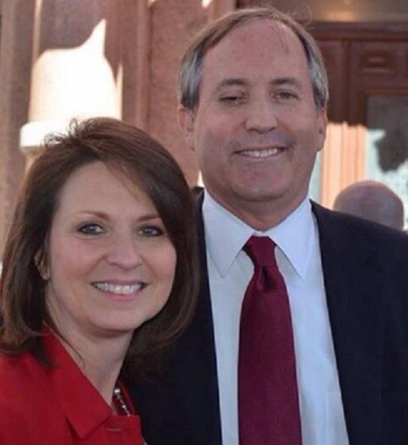 Juez de Texas y divorcio de matrimonio gay