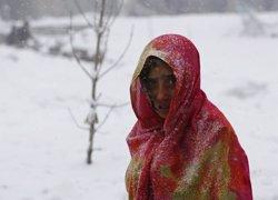 Foto: Augmenta a 186 morts el balanç per les allaus de neu a l'Afganistan (OMAR SOBHANI / REUTERS)