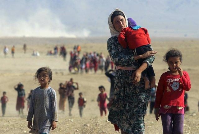 Yazidíes desplazados por la violencia del Estado Islámico