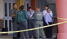Foto: EEUU/México.- Un nueva autopsia revela que el mexicano Zambrano Montes recibió dos disparos de la Policía por la espalda (MIKE CARLSON / REUTERS)