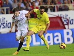 Foto: Villarreal-Sevilla, duelo español en la Europa League (REUTERS)