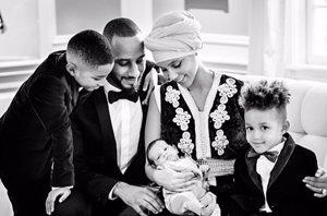 Foto: Alicia Keys y su imagen más familiar con el pequeño Génesis Ali Dean (INSTAGRAM / ALICIAKEYS)