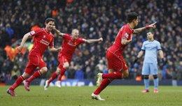 Foto: El Manchester City cae en Anfield y se aleja del título (ACTION IMAGES / REUTERS)