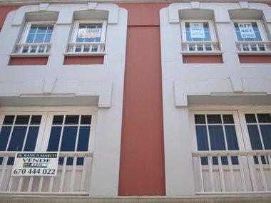 Foto: Canarias, región donde menos baja el precio de la vivienda usada en febrero (EUROPA PRESS)