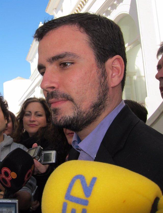 """Foto: Garzón (IU) no da credibilidad a las promesas de empleo de Rajoy, cuya prioridad es el """"capitalismo de amiguetes"""""""