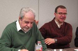 Foto: Josep Maria Cuenca reivindica Juan Marsé en la seva biografia 'Mientras llega la felicidad' (EUROPA PRESS)