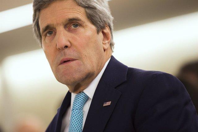 """Foto: Kerry cree que Putin está """"malinterpretando"""" la política de EEUU con respecto a Ucrania"""