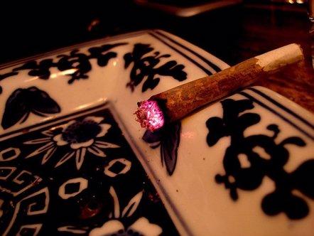 Foto: Uno de cada tres los nuevos consumidores de cannabis son menores (FLICKR/WIROS)