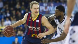 Foto: Oleson renova amb el FC Barcelona fins al 2017 (ACB PHOTO)