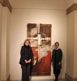 Foto: L'obra 'La porta' de Josep Guinovart s'exhibeix al Parlament des d'aquest dimarts (PARLAMENT)