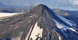 Foto: Chile mantiene la alerta aunque el volcán Villarrica ha vuelto a la calma (STRINGER CHILE / REUTERS)