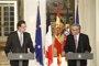 Rajoy y Juncker ven señales