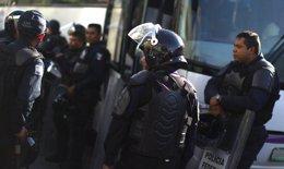 Foto: Trasladan a prisión al hermano de 'La Tuta' (JORGE LOPEZ / REUTERS)