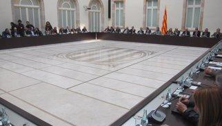 Comença la reunió del Pacte pel Dret a Decidir al Parlament