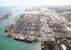 Foto: El Port de Barcelona millora la connectivitat amb la ruta est entre l'Orient Mitjà i Nord-amèrica (PUERTOS DEL ESTADO)