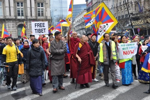 Europa apoya al Tibet