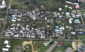 Foto: El cólera amenaza a los supervivientes del tifón que ha arrasado Vanuatu (POOL NEW / REUTERS)