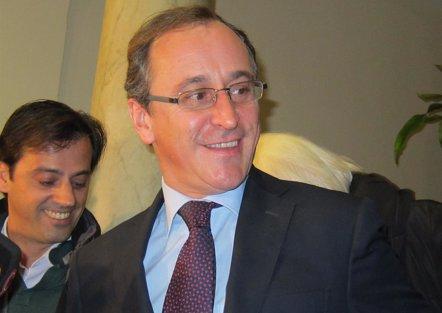 """Foto: Alonso pide a Andalucía """"estabilidad y dignidad"""" para los sanitarios (EUROPA PRESS)"""