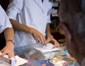 Foto: ¿Cuánto gasta una familia en la farmacia cada año? (CAMBRA COMERÇ BARCELONA)