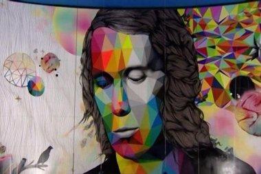 Foto: Paco de Lucía ya tiene su propia estación de Metro en Madrid, con un gran mural conmemorativo (METRO MADRID)