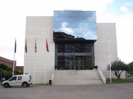 Foto: Curso académico del curso 2015-2016 en la UR comenzará el 15 de septiembre (EUROPA PRESS)