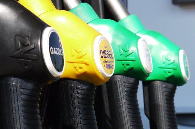Foto: Economía.- Poner en peligro el medio ambiente en actividades relacionadas con hidrocarburos será infracción muy grave