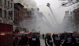 Foto: Ascienden a 19 los heridos por el derrumbe de un edificio en Nueva York (REUTERS)