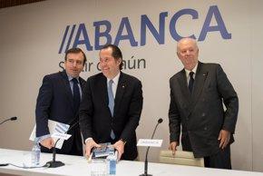 Foto: Abanca propone destinar 150 millones de euros a dividendos (OSCAR PINAL)