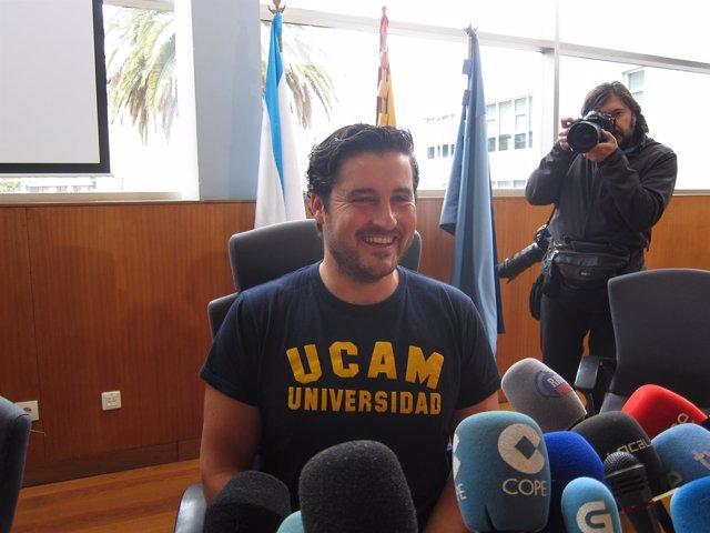 """Foto: David Cal retírase do piragüismo por """"falta de motivación"""""""