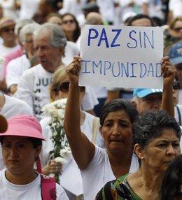 Foto: Las víctimas en Colombia, dispuestas a ceder en justicia a cambio de verdad (REUTERS)