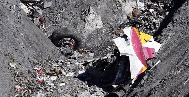Foto: El fiscal mantiene que el siniestro del avión estrellado en Los Alpes es un homicidio involuntario (EMMANUEL FOUDROT / REUTERS)