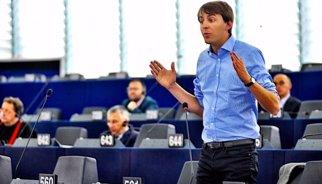L'eurodiputat Javi López deixa el lideratge de la JSC